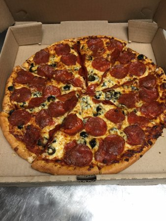 Natchitoches, LA: Pepperoni and Black Olives