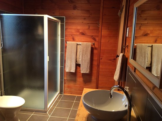 Mole Creek, Australia: Trappers Lodge bathroom