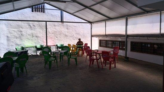Algueirão - Mem Martins, Portugal: Esplanada