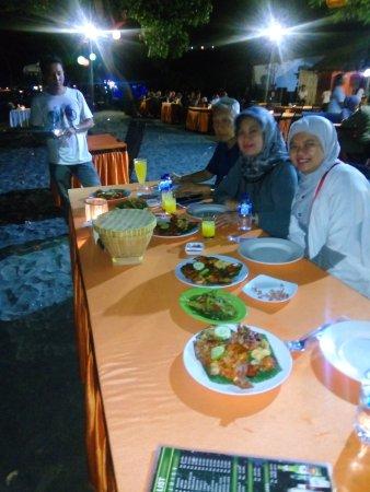 Furama Senggigi Kampoeng Seafood