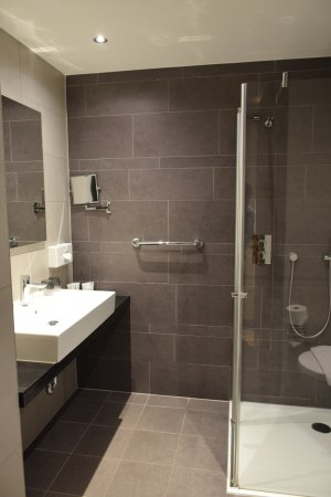 Salle de bain - Bild von XO Hotels Park West, Amsterdam - TripAdvisor