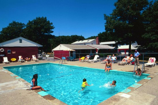 Red Ranch Motel: Pool