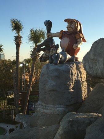 Captain Hook's Adventure Golf: photo3.jpg