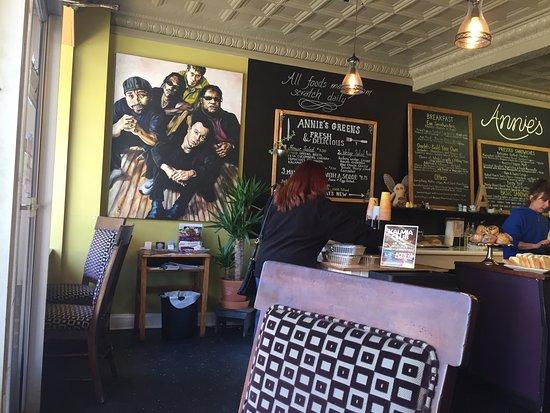 Lambertville, NJ : Annie's Gourmet