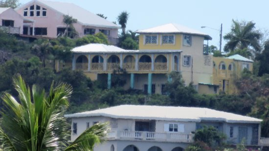 Carringtons Inn St. Croix: View from Protestant Cay beach w/ x60 lens.