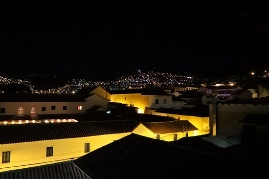 Andenes al Cielo: Balcony at night