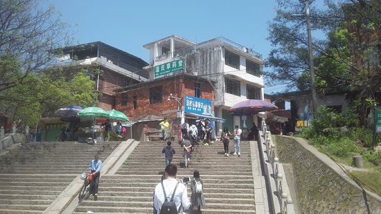 Ganzhou, Çin: From pontoon to villahe