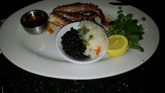Jaguar Ceviche Spoon Bar and Latin Grill: октопус
