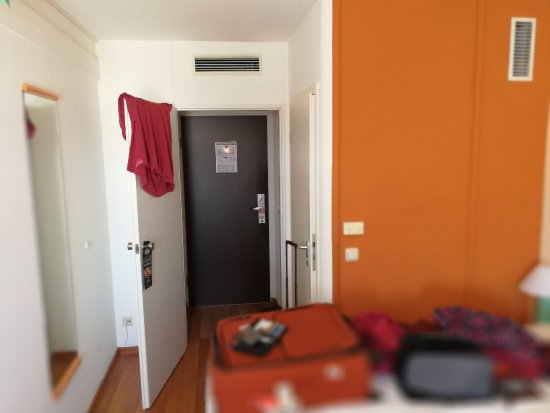 Ibis Muenchen City Nord Photo