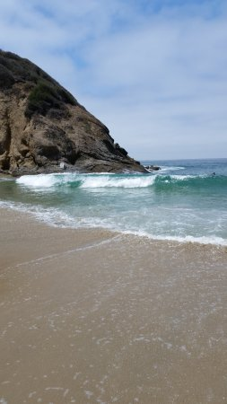 Dana Point, Californië: Rocky Cliffs and Crashing Waves