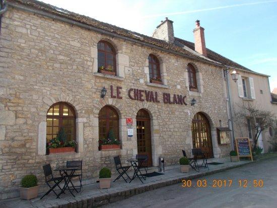 Restaurant Le Cheval Blanc Alise Sainte Reine