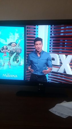 JW Marriott Tucson Starr Pass Resort & Spa: Mario Lopez on Extra at the Movies on the Welcome Channel 00