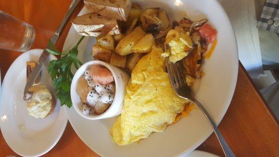 Pomelo : Diner designed omelet