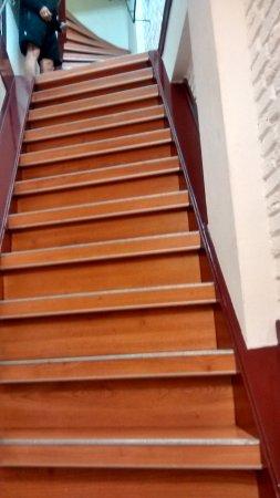 Hotel Internationaal : Steep staircase