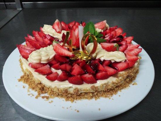 LA COTRILLADE : gâteau d anniversaire