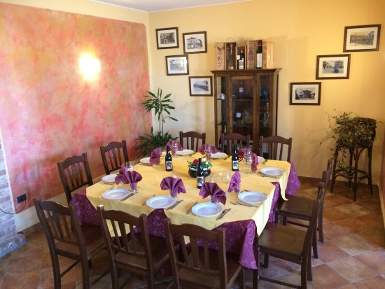 Montegrosso d'Asti, Italy: Hotel Ristorante Il Borgovecchio
