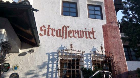 Strassen, النمسا: Urig mit modern verbunden