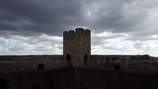 Rochester Castle: 20170401_153027_large.jpg