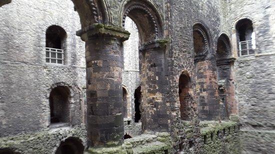 Rochester Castle: 20170401_152127_large.jpg