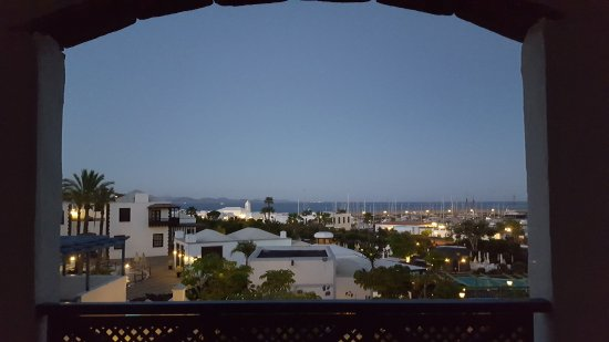 Hotel THe Volcan Lanzarote: Early Morning Sea View