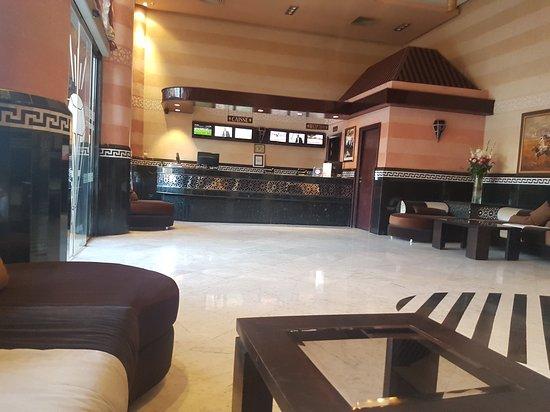 Hotel Almas: 20170326_190854_large.jpg