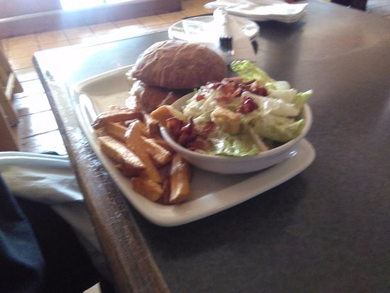 McCabe's Irish Pub & Grill: schnitzel on a bun