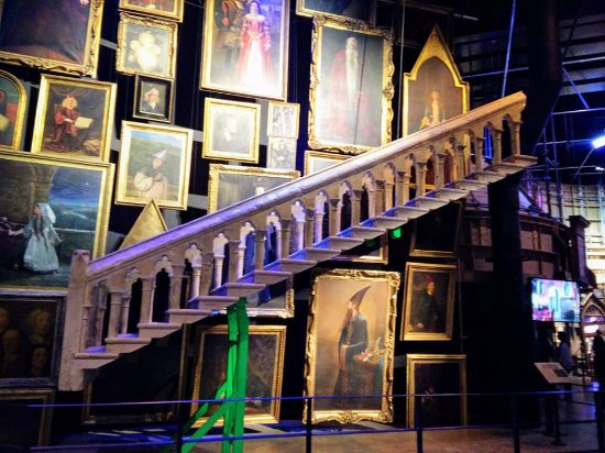 Studio Tour London   The Making Of Harry Potter: Moving Staircase At