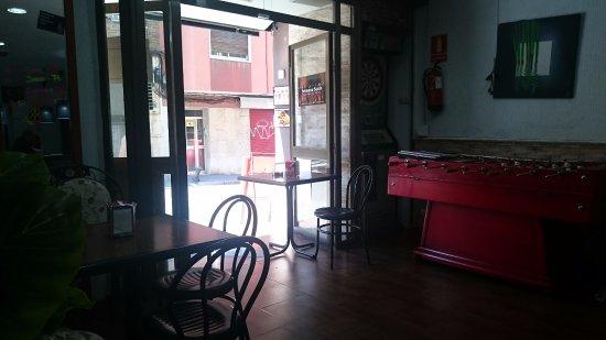 The cube bar fotograf a de cube tarragona tripadvisor - Casas cube opiniones ...