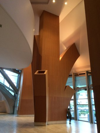 Photo of Monument / Landmark Walt Disney Concert Hall at 111 S Grand Ave, Los Angeles, CA 90012, United States