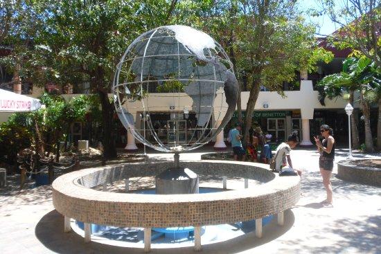 Convention Center Plaza America