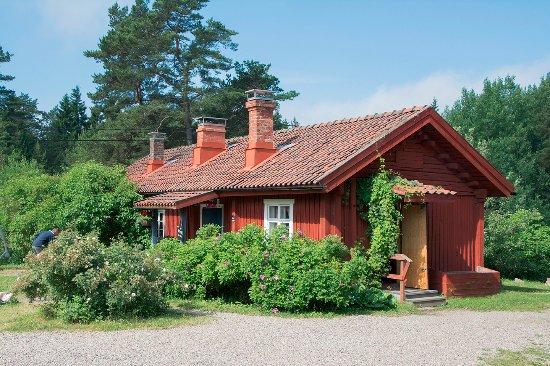 Parainen, Finland: Sattmarkin vanha laivamiestorppa mikä nykyään toimii kahvilana