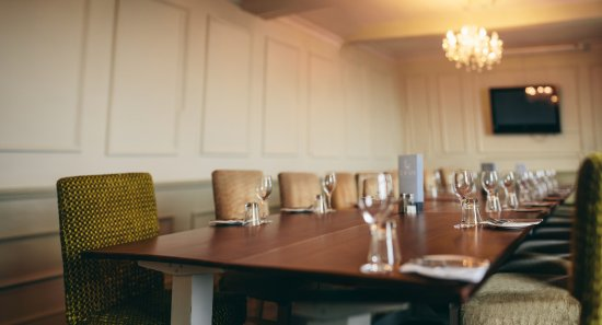 The Swan at Whittington: worcester room