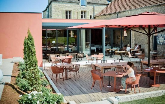 Morey St Denis, ฝรั่งเศส: Terrasse restaurant