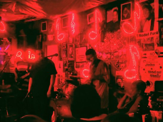 Red's Lounge: IMG_20170401_234725_large.jpg