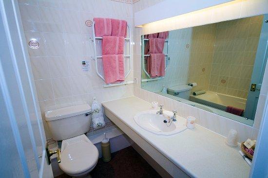 Gwesty Minffordd Hotel: Room 8 Bathroom