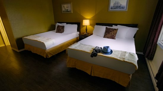 Port Hawkesbury, แคนาดา: Double queen guest room