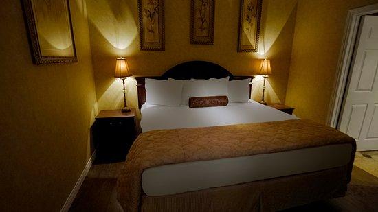 Port Hawkesbury, แคนาดา: Guest room suite