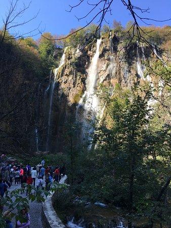 Veliki Slap : ヴェリキ滝
