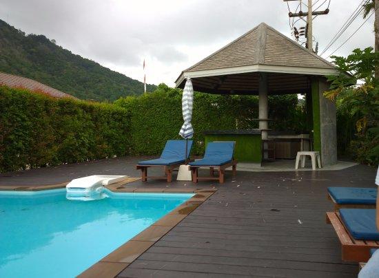Eazy Resort Kata Beach Foto
