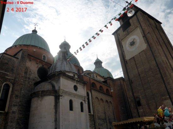 Cattedrale di San Pietro Apostolo: Esterno