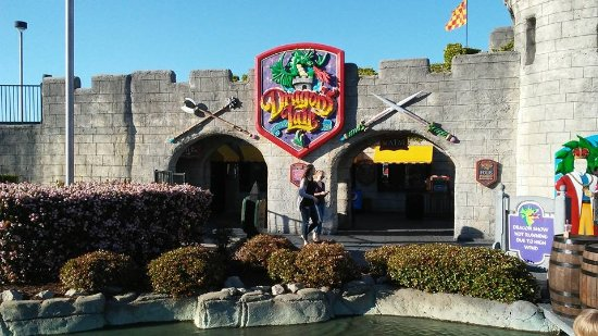 Dragon's Lair Fantasy Golf