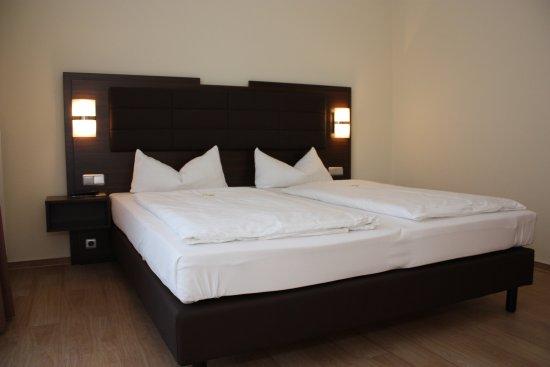 Doppelzimmer Neubau Bild Von Hotel Am See Grevesmuhlen Tripadvisor
