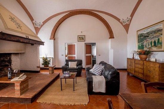 Fattoria del Colle - Agriturismo: Soggiorno appartamento da 4 persone, con due camere, un bagno