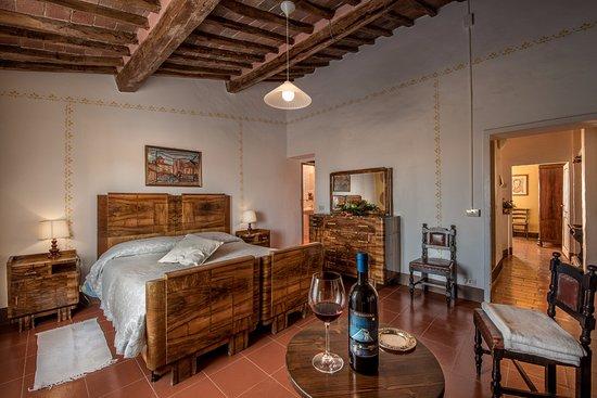 Fattoria del Colle - Agriturismo: Camera matrimoniale, appartamento da 6 persone