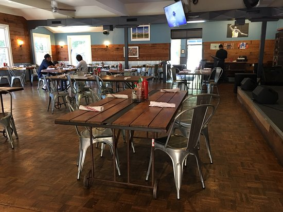 The reel fish shop grill sonoma restaurant reviews for Reel fish sonoma