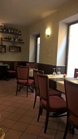 Galliate, Italia: vista sala