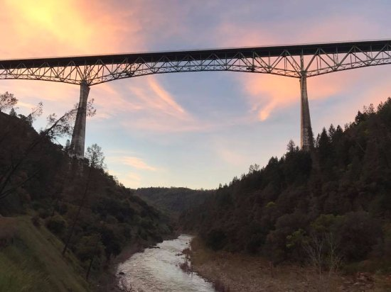 Auburn, Καλιφόρνια: Forresthill Bridge