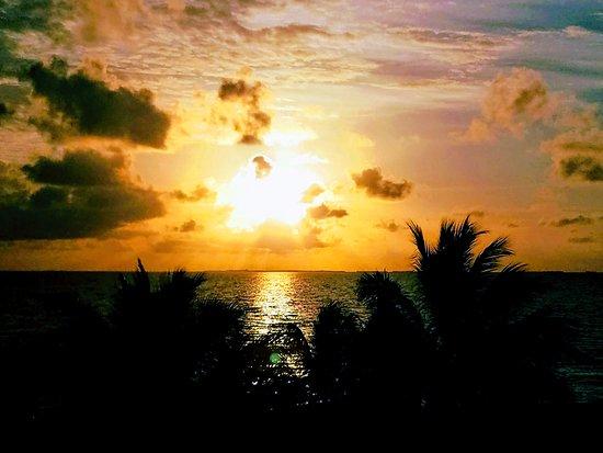 Colibri House: Sunrise