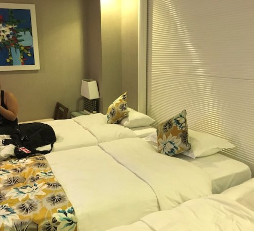 Golden Silk Boutique Hotel: Added a 3rd bed and still room to move!