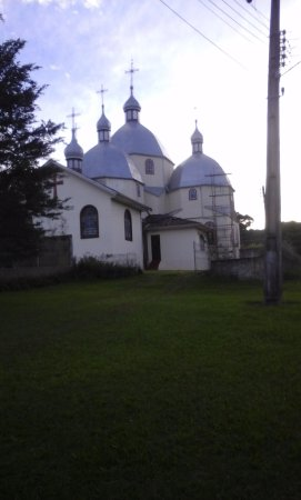 Vista da Igreja Ucraniana de Antonio Olinto-PR